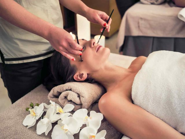 https://institut-beaute-lecannet.fr/wp-content/uploads/2018/10/spa-treatment-11-640x480.jpg