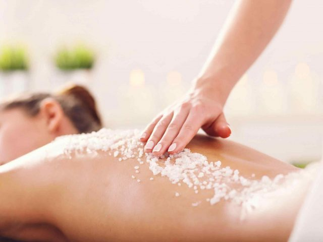 https://institut-beaute-lecannet.fr/wp-content/uploads/2018/10/spa-treatment-6-640x480.jpg