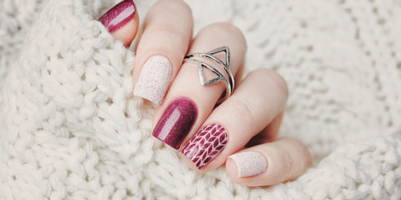 Nail,Art,And,Knitted,Sweater